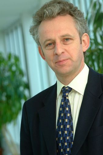 AMADEus Seminar - Prof. Richard Friend, Tuesday 27 November 2012 - 09:30 am, Amphi 1 - ENSCBP